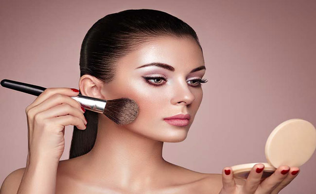 How To Apply Highlighter?What Is The Highlighter In Cosmetics